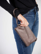 riley crossbody wristlet in bronze jen and co