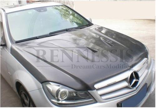C63 Black Series Style Carbon Bonnet for W204 C Class