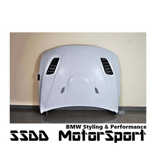 GTR Bonnet BMW F30 / F31 / F32 / F33 / F36 Look GTR bonnet pins