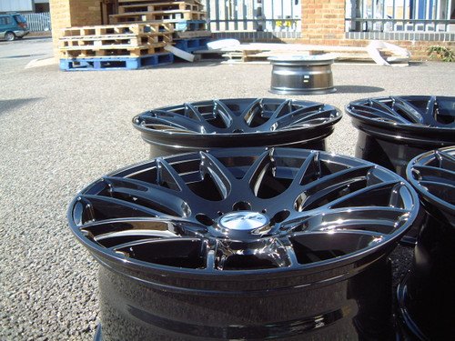 "19"" ZITO 935 CSL GTS ALLOYS IN GLOSS BLACK WITH POLISHED LIP, DEEPER CONCAVE 9.5"" REARS"