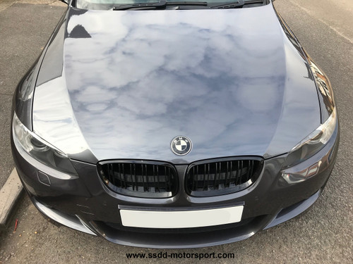 Carbon Fibre M Look Kidney Grilles with Double Slats for E92 E93 06-09 and E9X M3