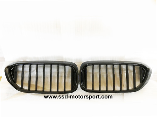 RENNESSIS BMW G30 G31 Gloss Black Performance Look Kidney Grilles