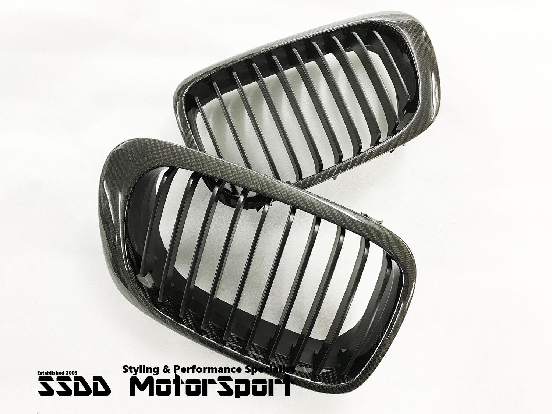 bmw-e46-pre-facelift-coupe-convertible-carbon-fibre-kidney-grilles-2.jpg
