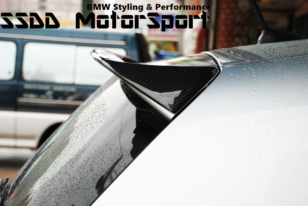bmw-e81-e87-ac-carbon-roof-spoiler-2.jpg