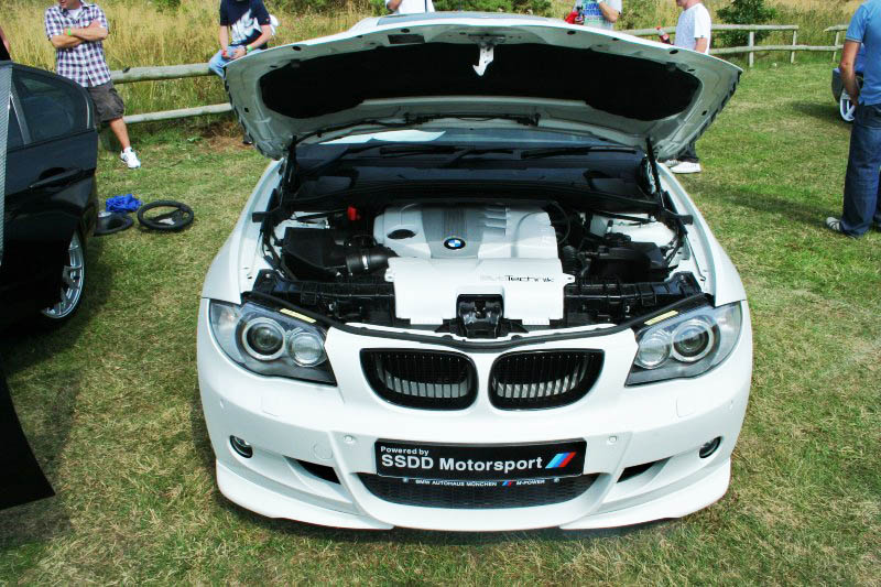 bmw-e81-e87-msport-hamann-front-splitters-1.jpg