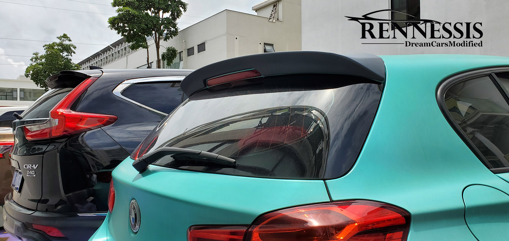 bmw-f20-f21-3d-syle-abs-gloss-black-rear-roof-spoiler-instaled-2.jpg
