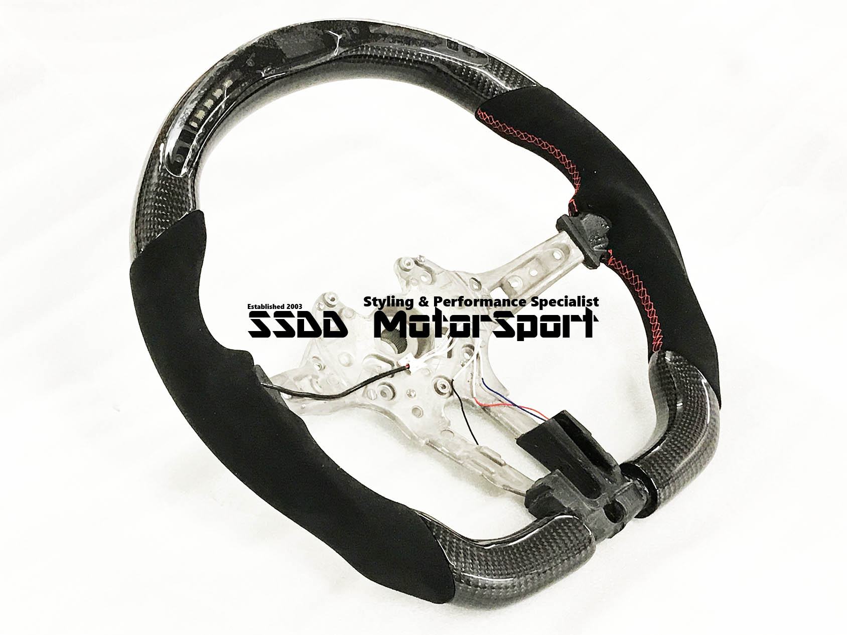 bmw-f20-f30-f32-f22-1-2-3-4-series-carbon-without-lcd-race-display-flat-bottom-flat-bottom-steering-wheel-red-stitching.jpg