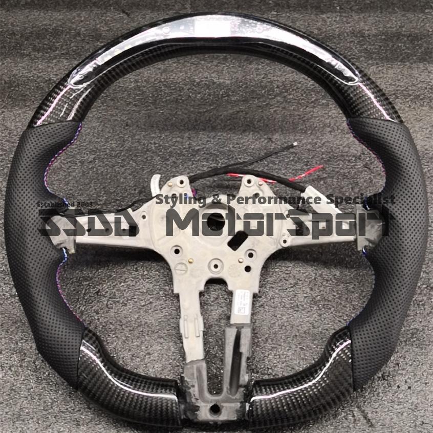 bmw-f20-f30-f32-f22-1-2-3-4-series-lcd-race-display-steering-wheel-uk.jpg