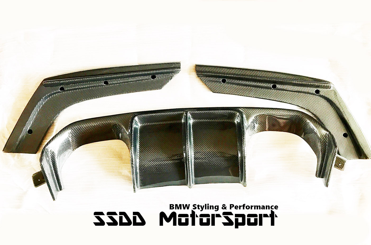 bmw-f80-m3-f82-f83-m4-vrs-carbon-fibre-diffuser-ssdd5.jpg