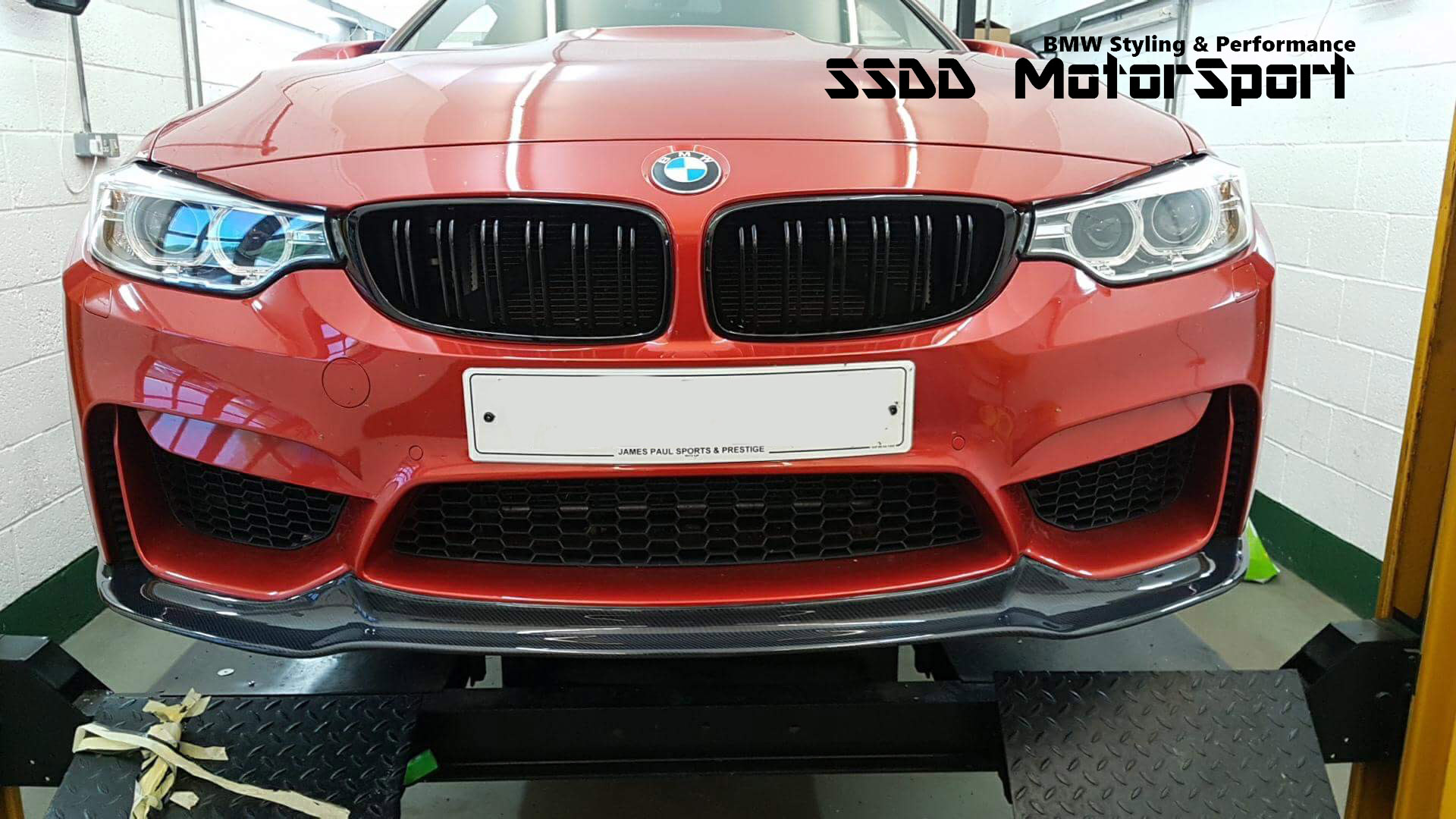 bmw-f82-m4-front-splitter-v-racing-carbon-fibre-8-copy.jpg