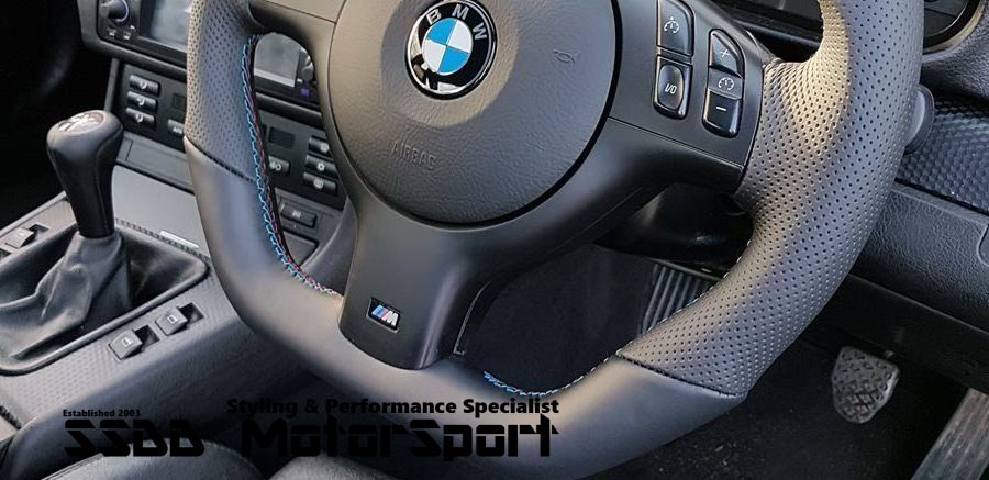 bmw-flat-bottom-carbon-lcd-race-steering-wheel-bottom-left-right-non-contoured-option.jpg