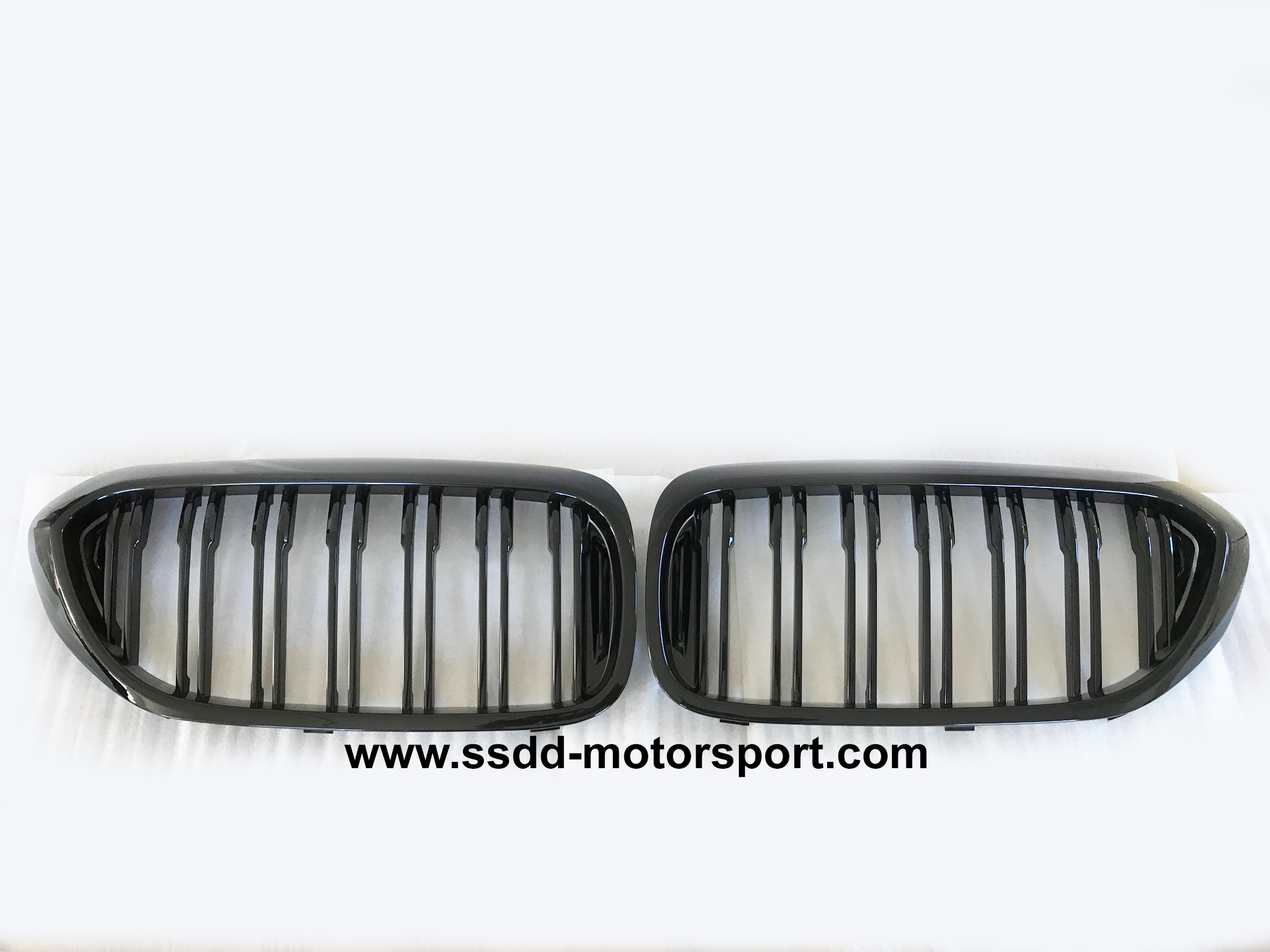 bmw-g30-g31-m5-mperformance-black-grilles-4.jpg