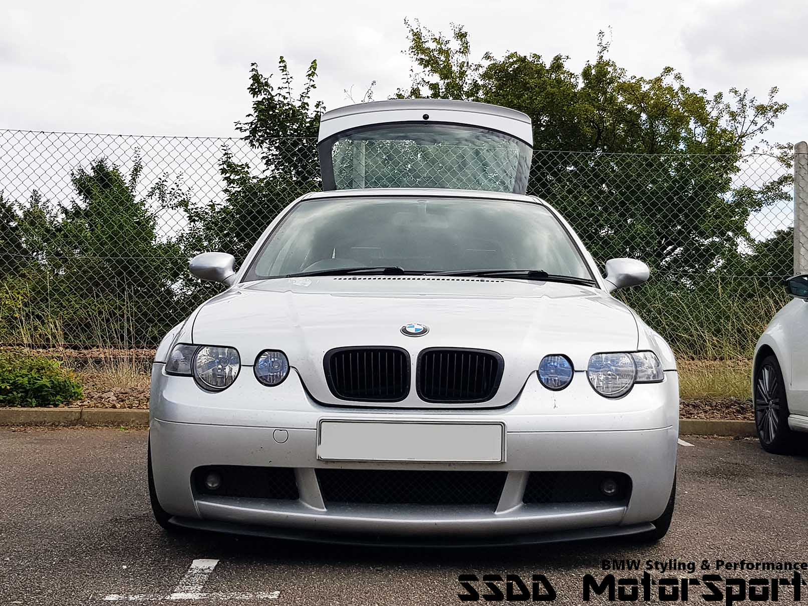 e46-compact-m3-mirrors-fitted.jpg