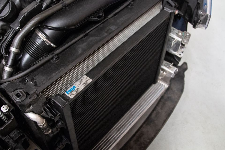 forge-bmw-chargecooler-radiator-m3-m4-f87-m2-competition-1.jpg