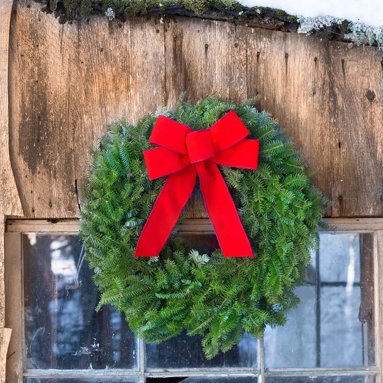 Simple Christmas Wreath Traditional Balsam Wreath