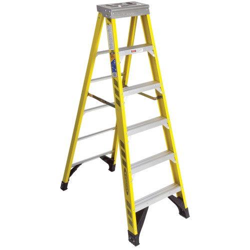 Werner 7300 Series Fiberglass Stepladder // 375 lb Rated