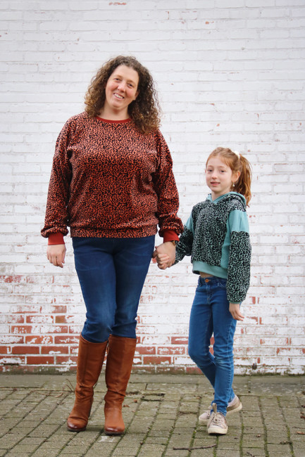 The Clover Bundle including girls' sizes 2-16 and junior miss sizes 0-20 from Sofiona Designs. Comes in 2 sleeves lengths, 3 bodices options and optional hood or neckband.