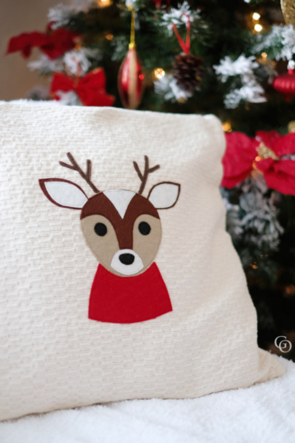 Reindeer digital cut file.  Perfect for HTV, fabric applique, etc.  SVG, JPEG, DXF and PNG files available for use with Cricut, Silhouette or other digital cutting machines.