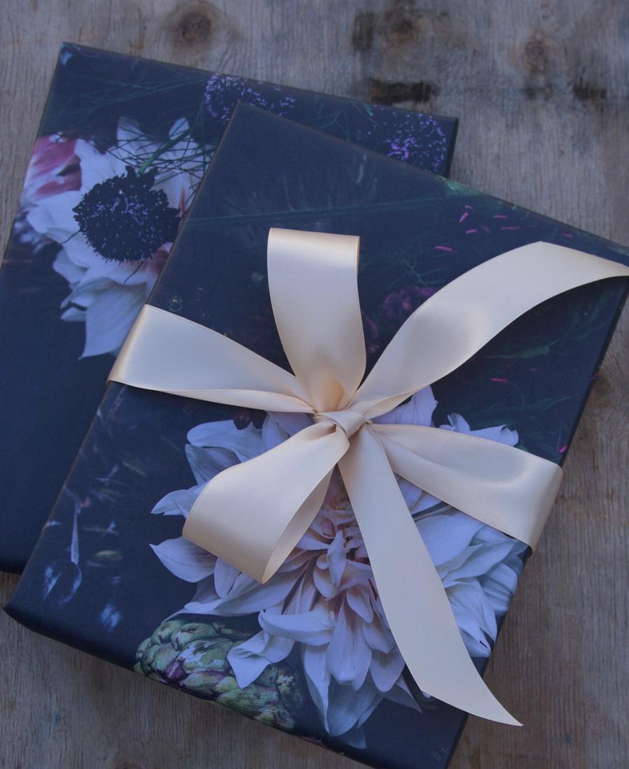 Wrapped Lindt Lindor - Assorted Chocolates 150g