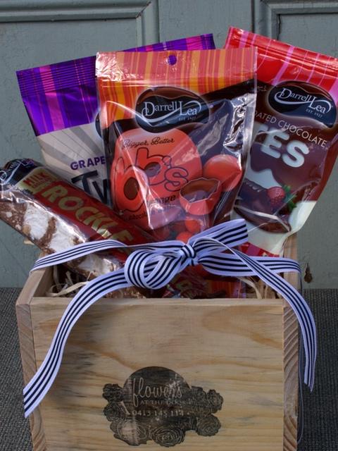 "Gift Box Hamper ""Sweet Treat"""