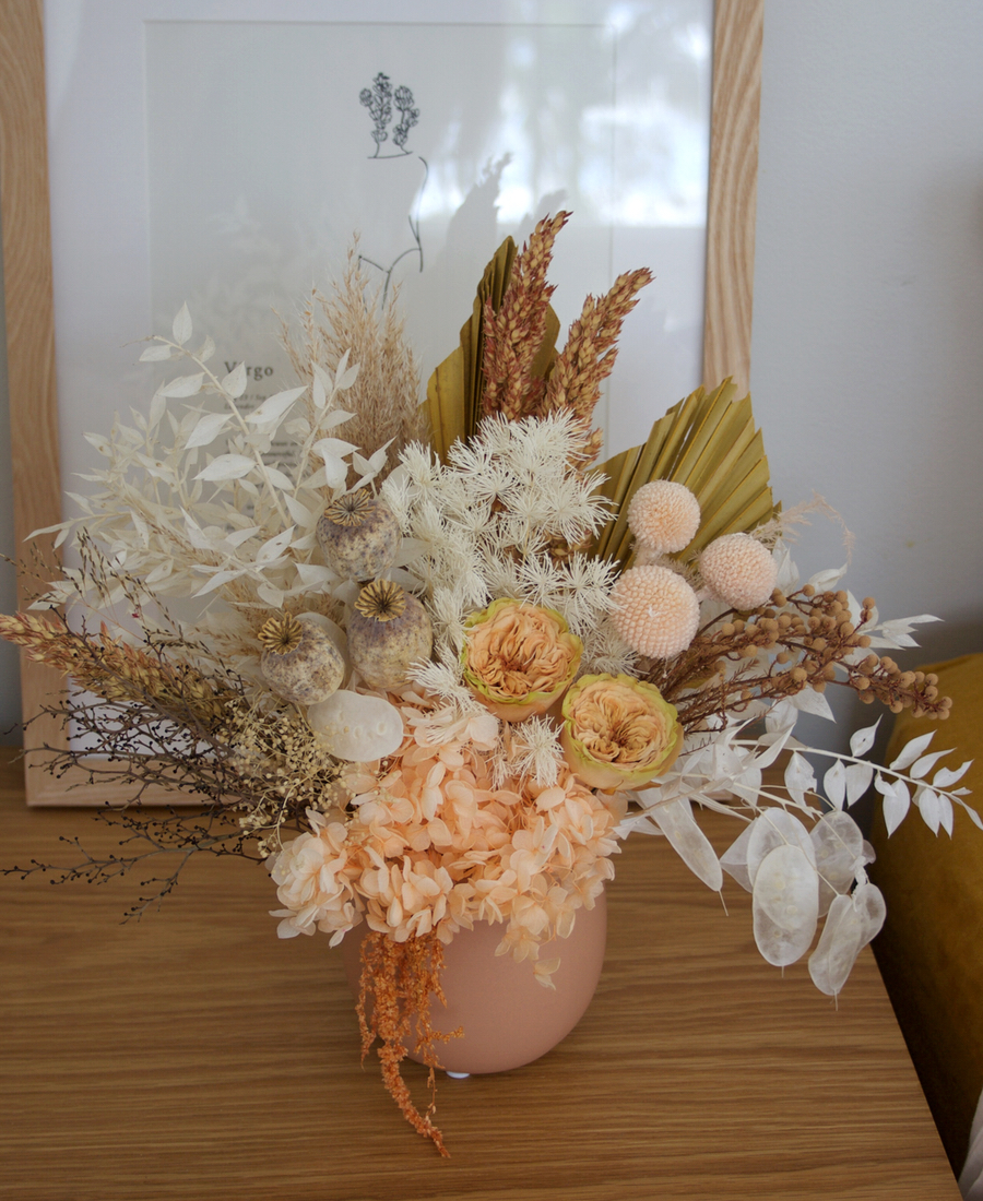 Order Online Gold Coast Mini Wreath Preserved And Dried Flowers Foliages Nuts Berries Gold Coast Gifts Christmas Wreath Delivery Gold Coast Flowers At The Door
