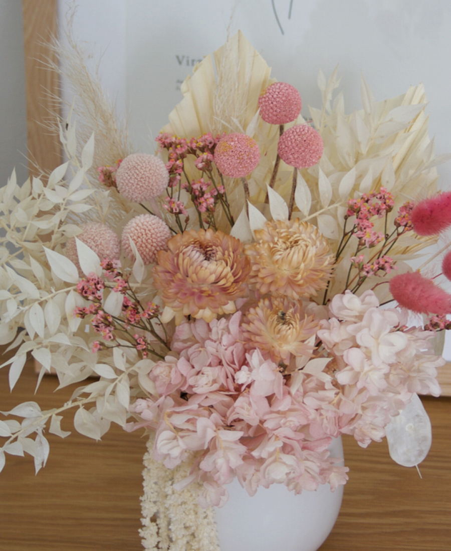 Preserved Dried Flower Bedside Table Arrangement