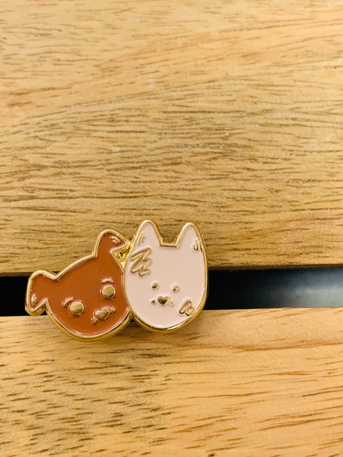 Enamel Pin: Bear and Noodle