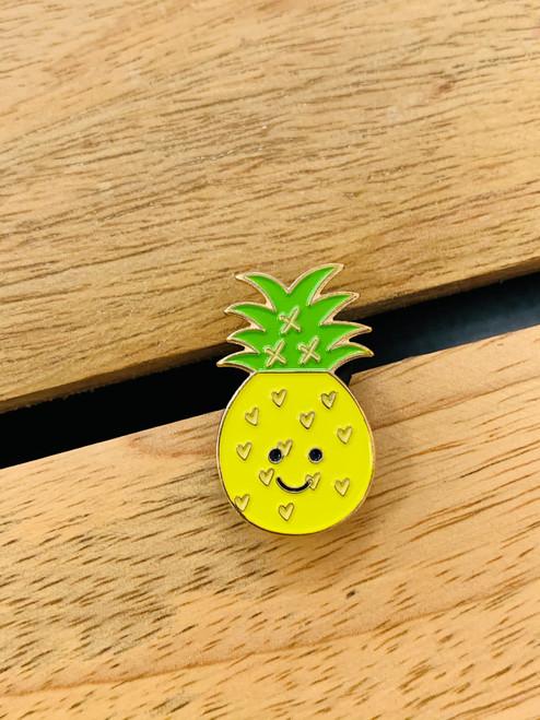 Enamel Pin: Happy Pineapple