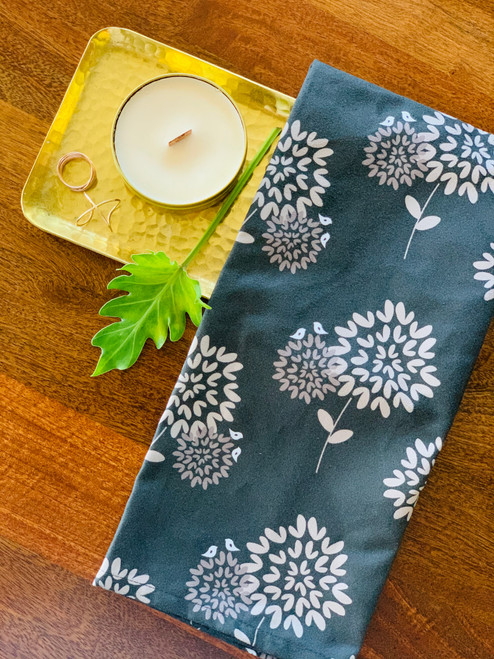 Luxe Kitchen Towel: Leaves (Gray)