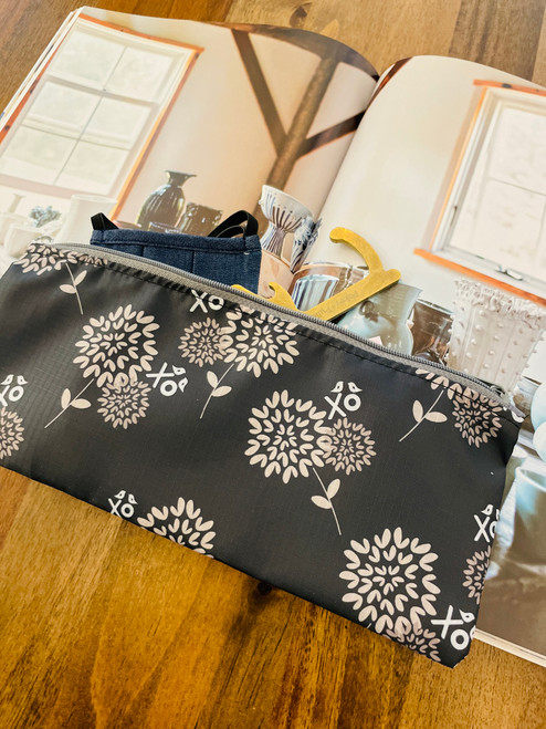 Pixie Pouch: Warehouse Blooms