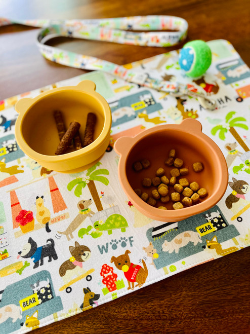 Table Mat: Pets In Da City