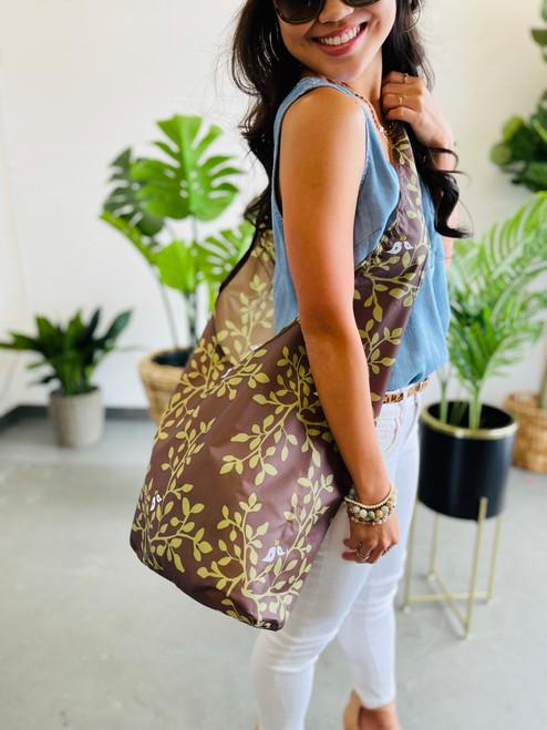 Crossbody Bag: Leaves in Bloom