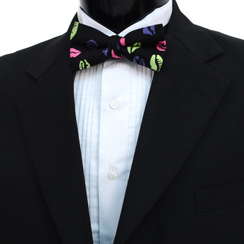 Men's Lips & Kiss Pattern Banded Bow Tie