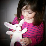 Easter is Coming – Make a Spring Bunny Out of a Glove!