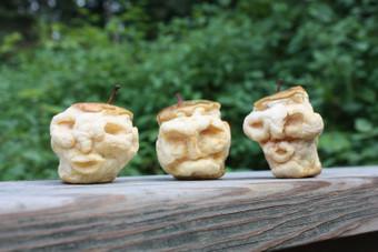 Shrink Apple Heads Together for Halloween