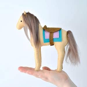horse-felt-kit.jpeg