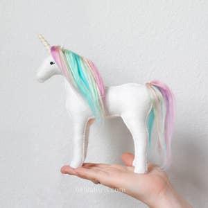 unicorn-felt-kiy.jpg