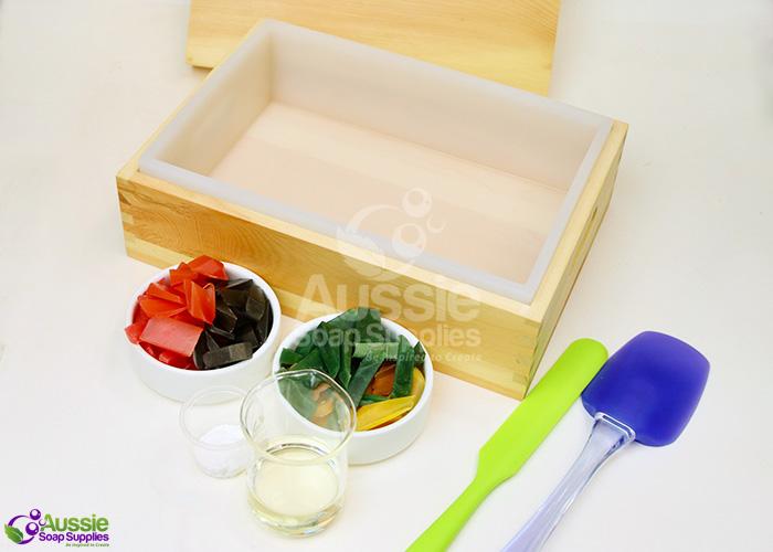 Tobacco and Bay Leaf Cold Process Soap Recipe Tutorial