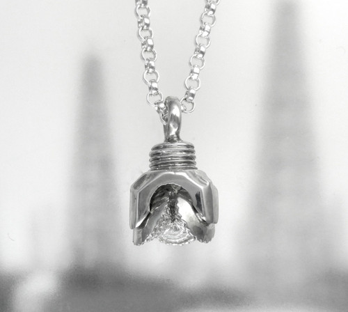 """OIL WELL DRILL BIT PENDANT WITH 24"""" CHAIN"""