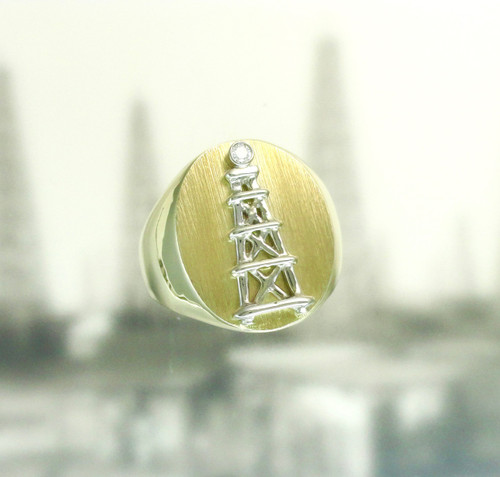 OIL DERRICK RING WITH DIAMOND