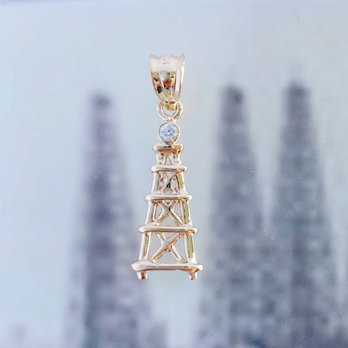 14KY GOLD OIL DERRICK PENDANT WITH white DIAMOND