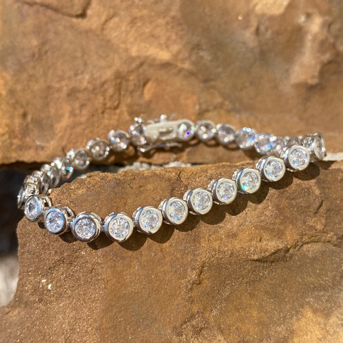 STERLING SILVER AND CUBIC ZIRCONIA BRACELET (BD)