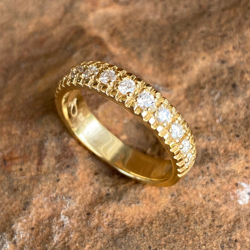 18K YELLOW GOLD WITH 11 MATCHED, 2.0MM ROUND DIAMONDS, 0.39 CARAT TOTAL WEIGHT, GH/SI1 GRADE