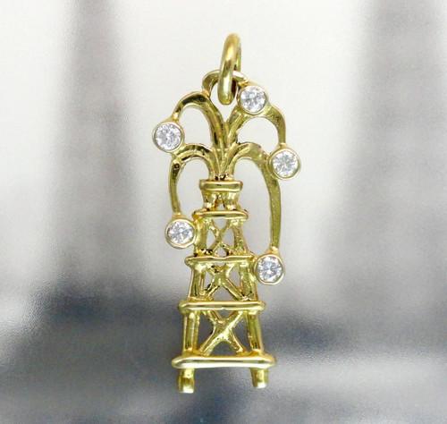 14K YELLOW GOLD OIL DERRICK PENDANT WITH WHITE DIAMOND GUSHER