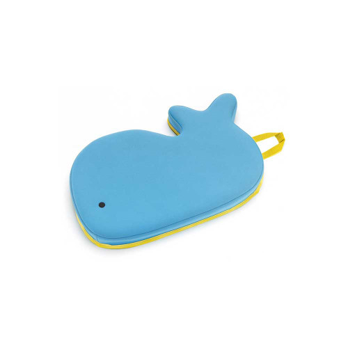 This friendly whale's simple design, covered in quick-dry wetsuit fabric, will brighten up baby's bath.