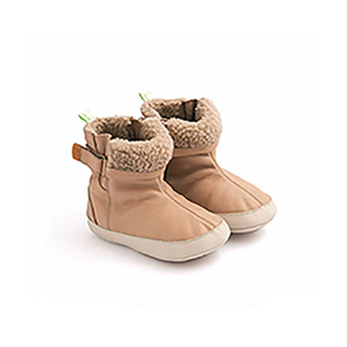 """Mid-calf leather boot with synthetic wool detail """"just on the edge"""", so as not to disturb or overheat."""