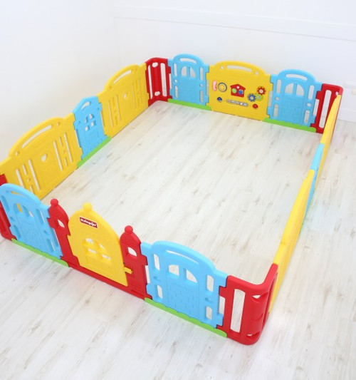 Dwinguler Castle Extension Kit creates a safe and healthy play area for children and all of their imaginative activities.