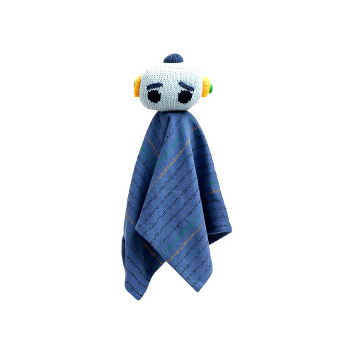 It is a rattle lovie made of organic cotton yarn and stuffed with wool.