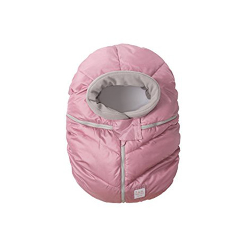 The wind and water repellent Car Seat Cocoon slips simply over the car seat with a snug, elasticized contour to keep baby warm while traveling.