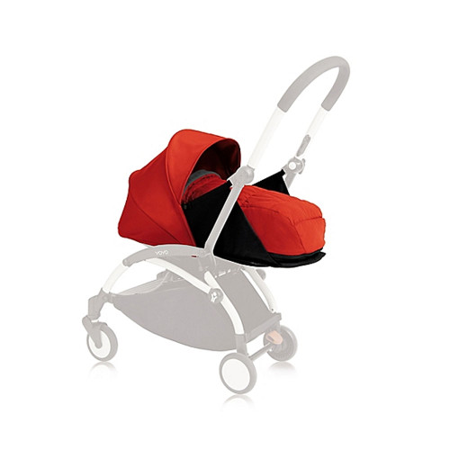 Comprised of a totally flat carry cot with 5-point safety harness, 3-position popup canopy, foot cover plus a headrest, the Newborn Pack is designed for use with the Babyzen YOYO+ Stroller Frame (sold separately) to create a lightweight modern pram.